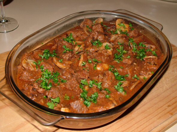 beef with mushroom fricasse in red wine